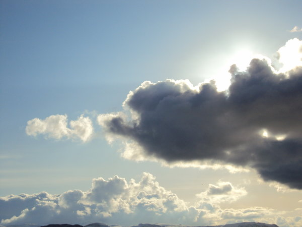 Clouds: Luminous cloud formation in North Wales