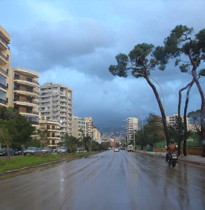 And the rain falls down...: A rainy day in Beirut, the approach to Tayouneh roundabout