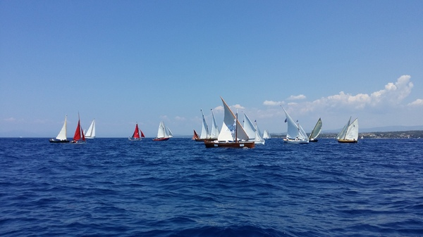Classic Dinghy Race: Classic dinghies racing in Spetses, Greece