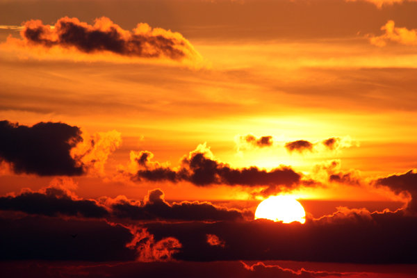 Sunrise 6-7-09: Over the Gulf of Mexico Grandfather Sun rose to the occasion.