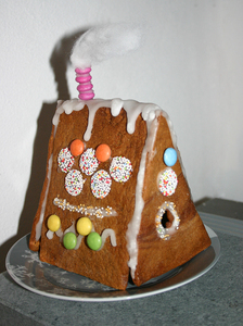 litte gingerbread cottage: no description