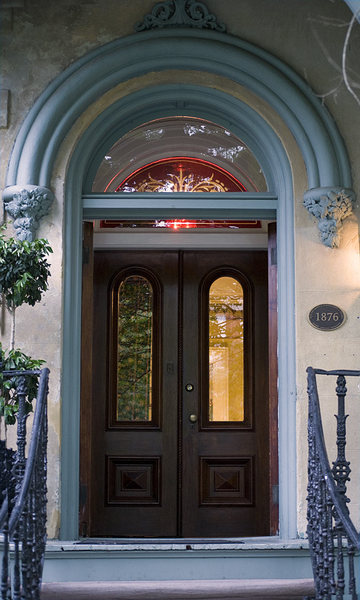 Savannah Door: A typical door from the architectural jewel known as Savannah