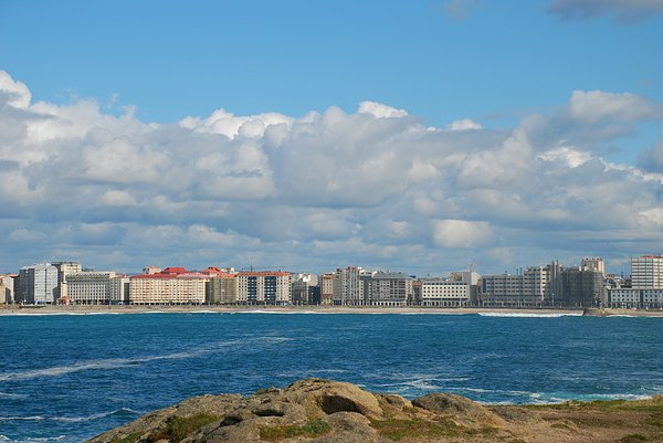 The city and the ocean 2: Coruña city