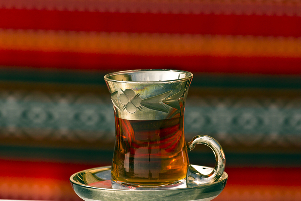 Arabic Tea: A nice cup of Kuwaiti tea against a patterned background