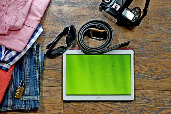 Travel Pack Green screen: Travel pack including green screen ready devices and jeans and shirts, sunglasses, photo cameras and digital camera and more items to use for web design, web template , internet website, webpage designers, and web advertising agencies .