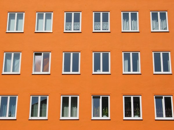 Orange Front: Apartment house in central Munich, Germany.