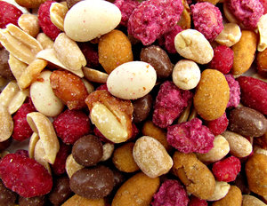 peanuts - coated variety: bulk quantities of variously coated peanuts