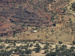 inland terrain 7-11: central Australian terrain seen from above
