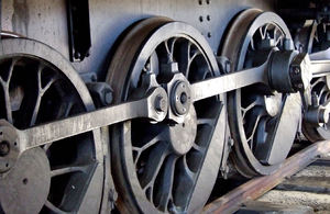 historic power wheels2: large and powerful historic steam locomotive wheels