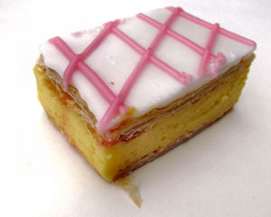 vanilla slice3b: popular custard cake/sweet