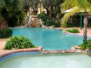outdoor swimming pools2: holiday resort swimming pool