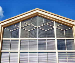 window angles1: variety of window angles and shapes