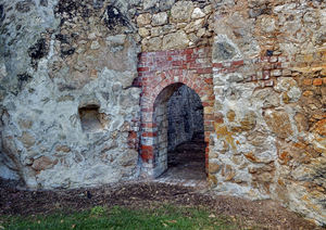 historic lime kiln remains2: remaining ruins of historic lime kilns now in secluded park