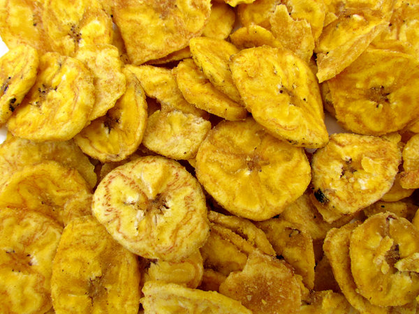banana chips - savory - salted: salt sprinkled and flavoured banana chips