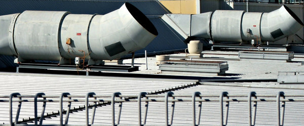 exhausting rooftop: shopping centre rooftop ventilation exhaust pipes