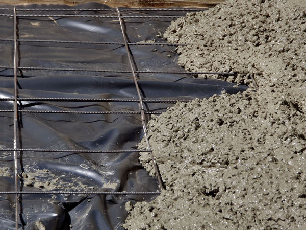 concrete work 1: preparing, laying and levelling concrete foundation