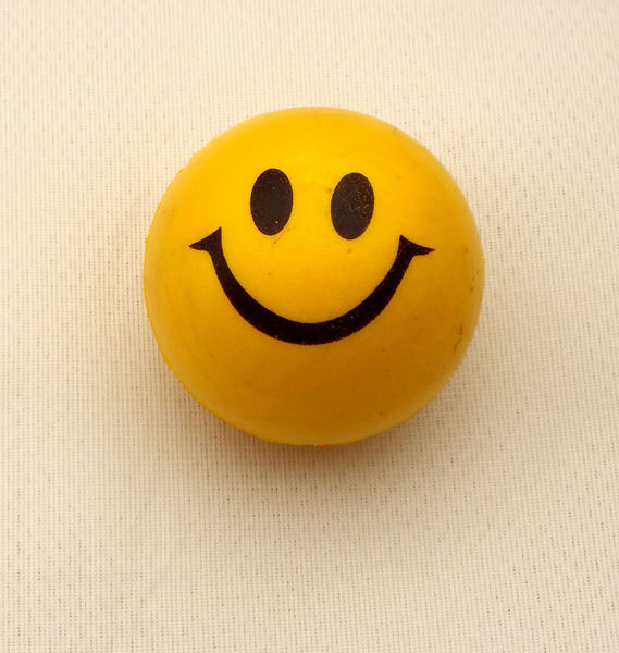 happy chappy1: yellow smiley face ball