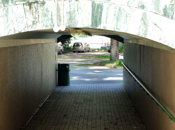 underpass entrance4: pedestrian underpass -  under cover through passage