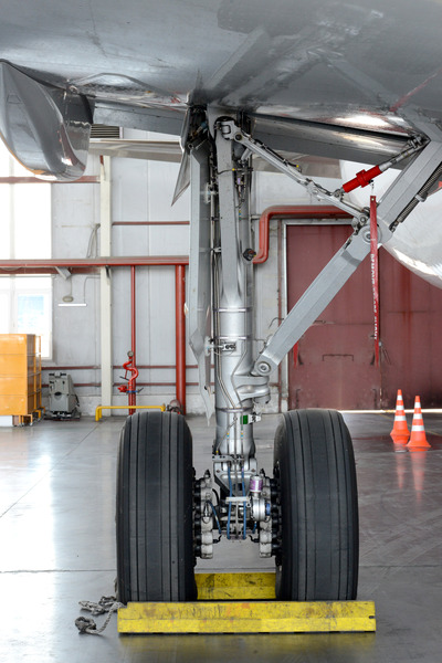 Airplane maintenance: Landing gear of airplane