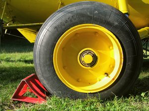 Stop rolling...: Wheel of a heavy duty helicopter-
