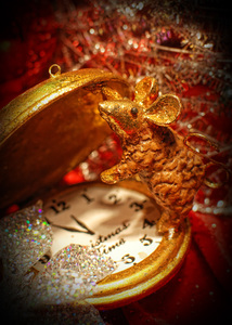 Christmas Time: mouse with christmas watch